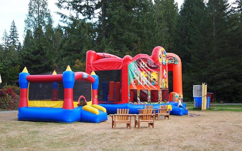 alderbrook-park-bounce-house